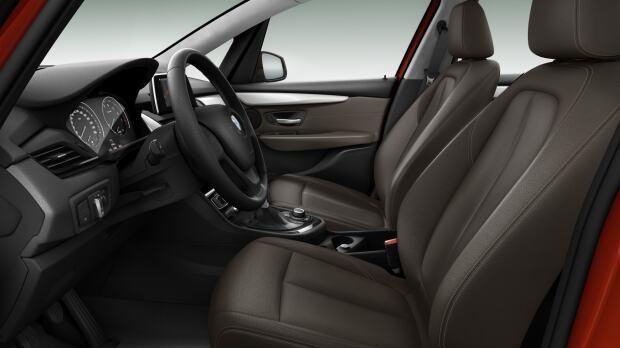 Neem een kijkje in de BMW 216i Active Tourer