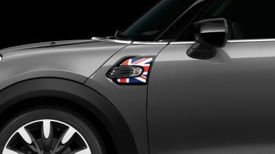 MINI Cooper Hatch 5 Door union jack side scuttles