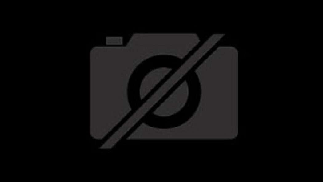 MINI John Cooper Works Clubman ALL4 chili red roof