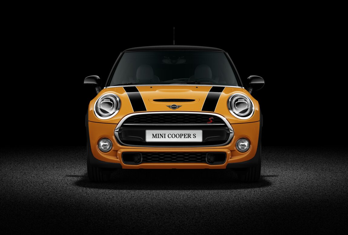 MINI Cooper S 3 Door Front Profile View