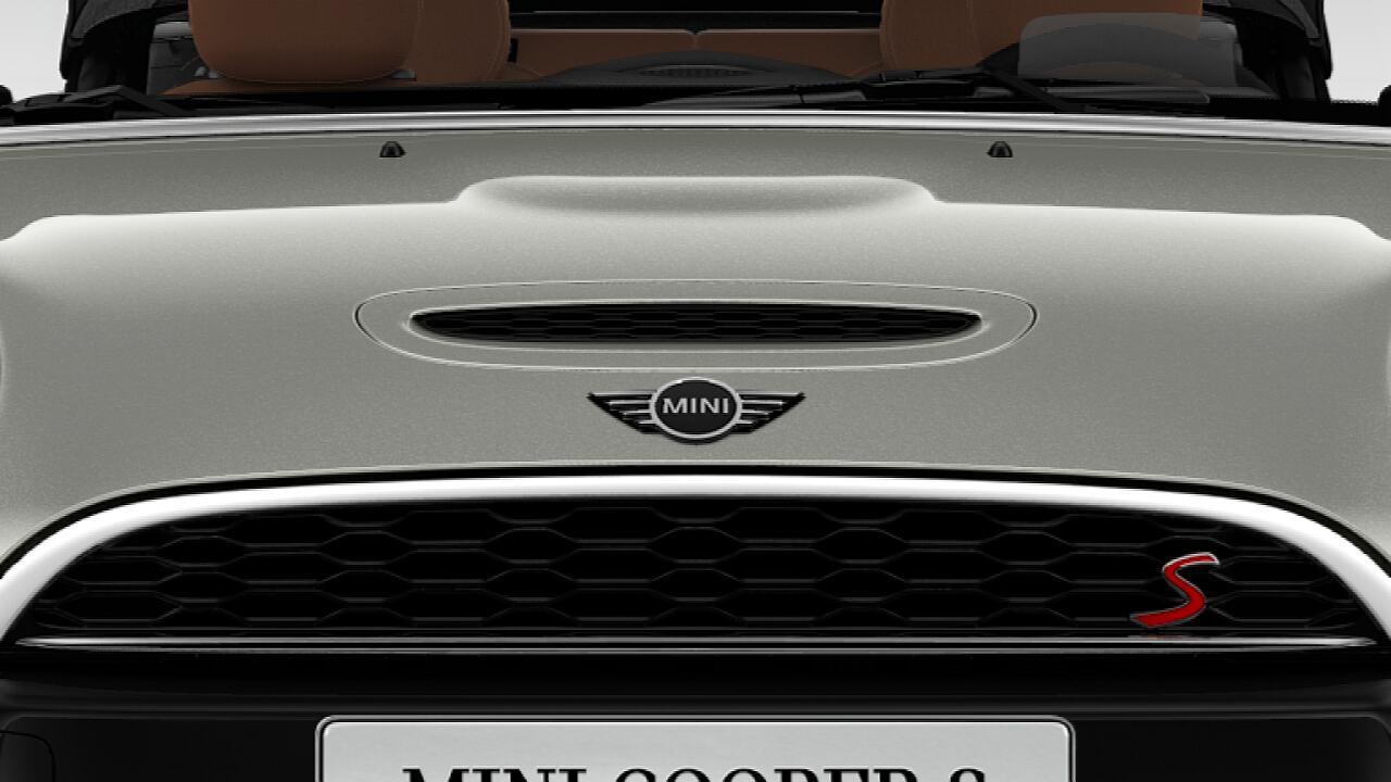 Nắp ca pô thoáng khí gắn biểu tượng S của MINI Cooper S Convertible mui trần