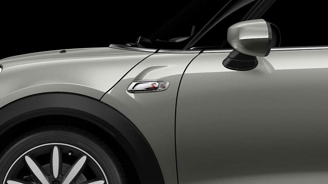 MINI Cooper S Convertible side scuttles with S logo