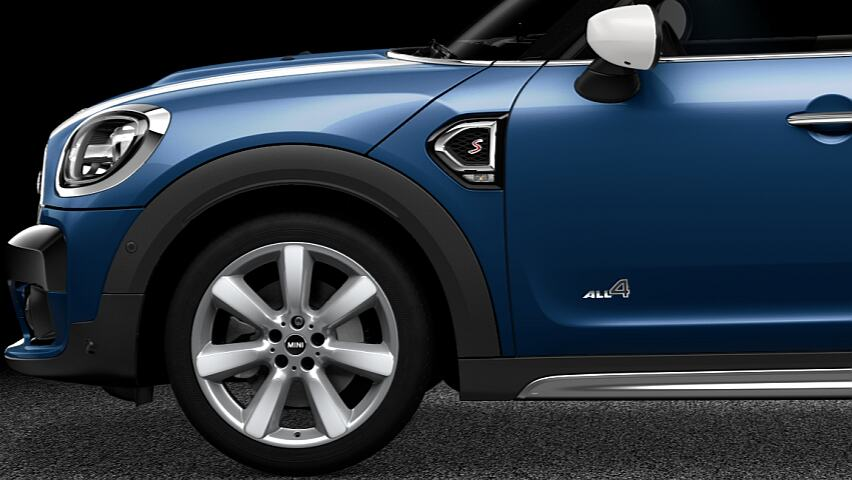 MINI Cooper S Countryman ALL4 exterior design