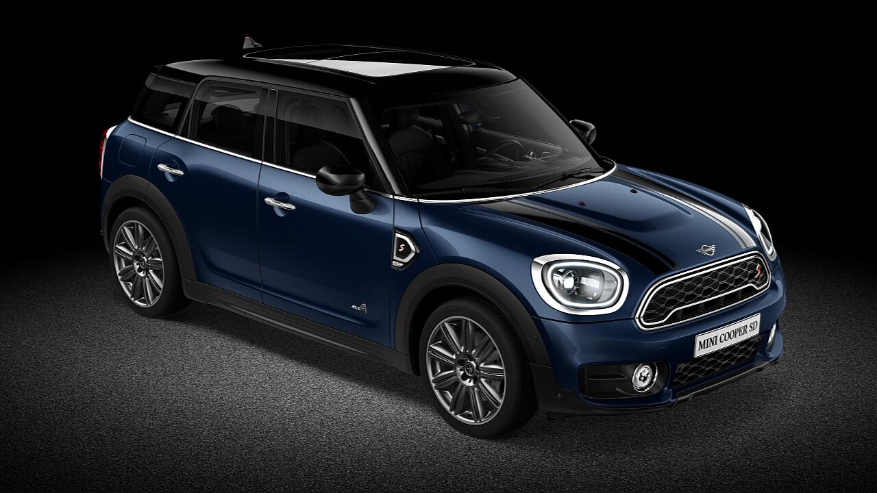 MINI Countryman. Колір кузова lapisluxury blue - Дизайн.