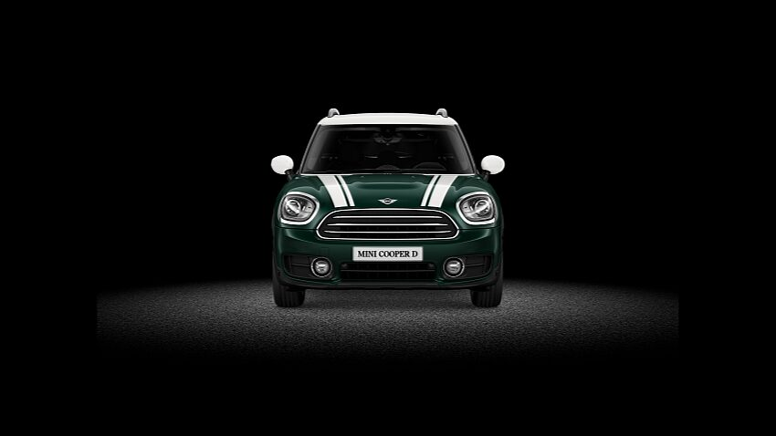 MINI Cooper D Countryman ALL4 – вид спереди.