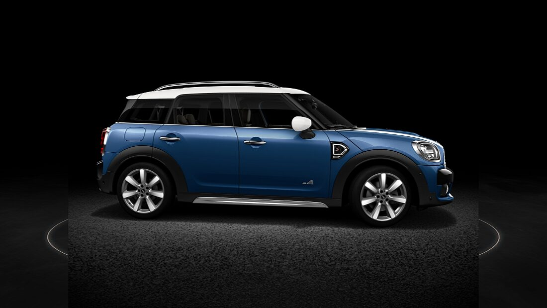 MINI Cooper S Countryman ALL4 – вид спереди.