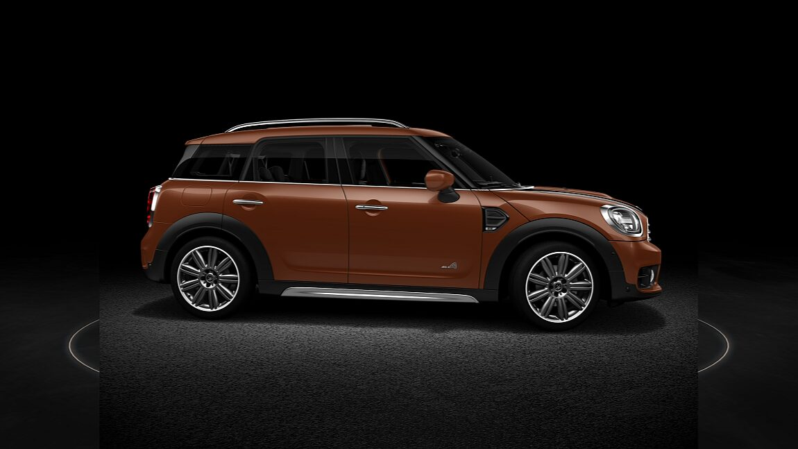 MINI Cooper All4 Countryman Side profile