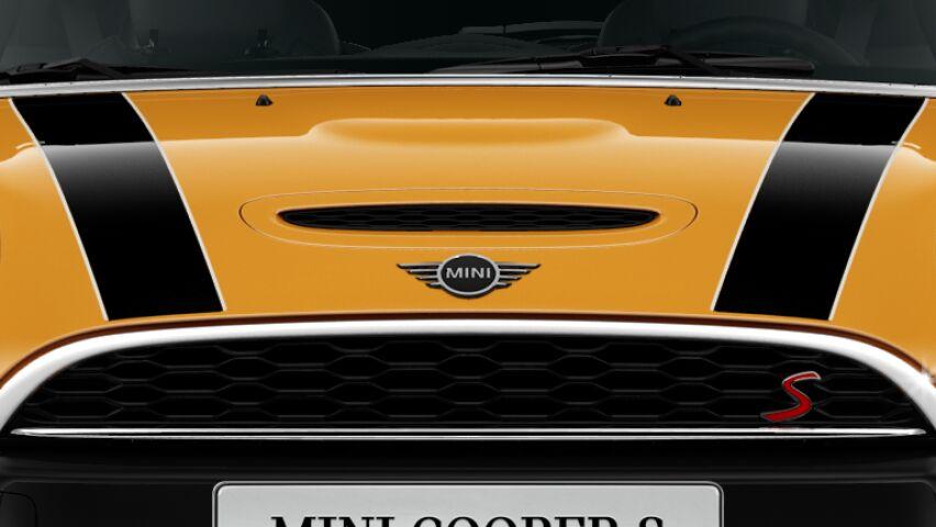Sのロゴが付いたMINI Cooper S 3 Door Sロゴのついたボンネット