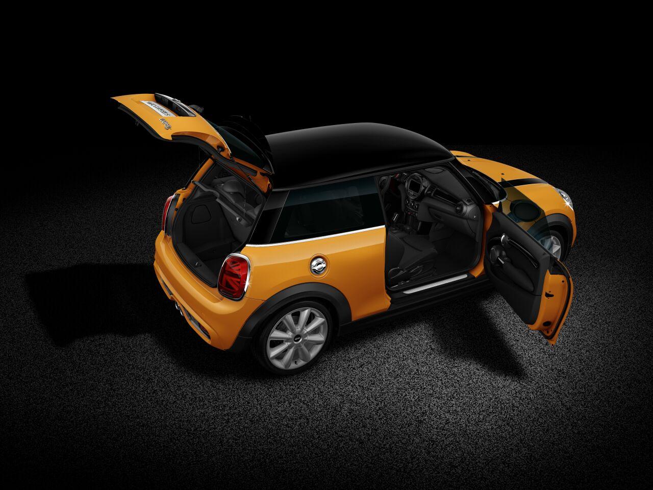 MINI Cooper S 3-deurs blik in de auto