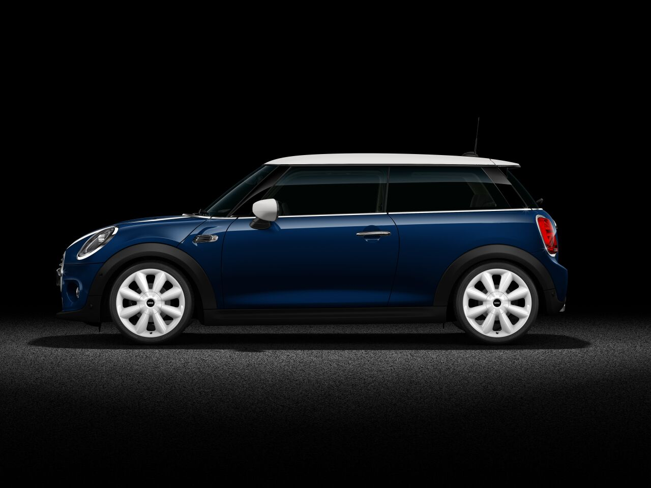 MINI Cooper D 3 Door Side profile full body
