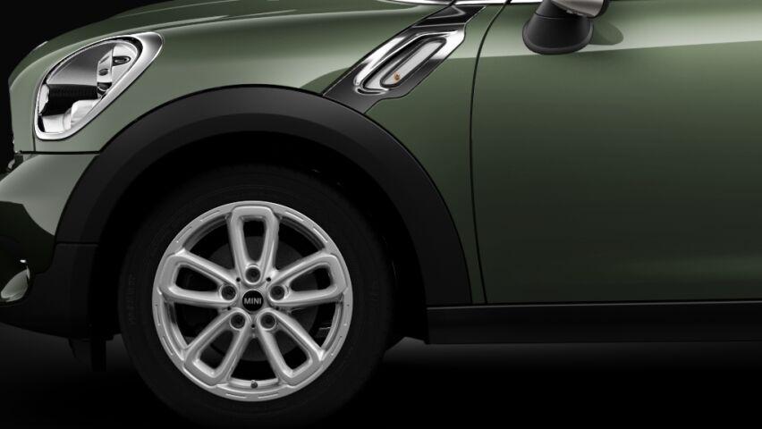 MINI Cooper Countryman light alloy wheels