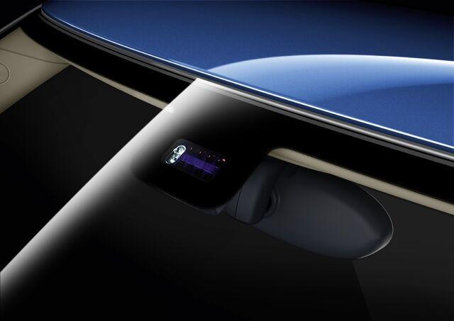 Rain sensor with auto. headlight activation