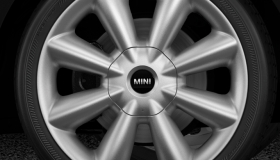 """18"""" Lt/Aly wheels Cone Spoke silver"""