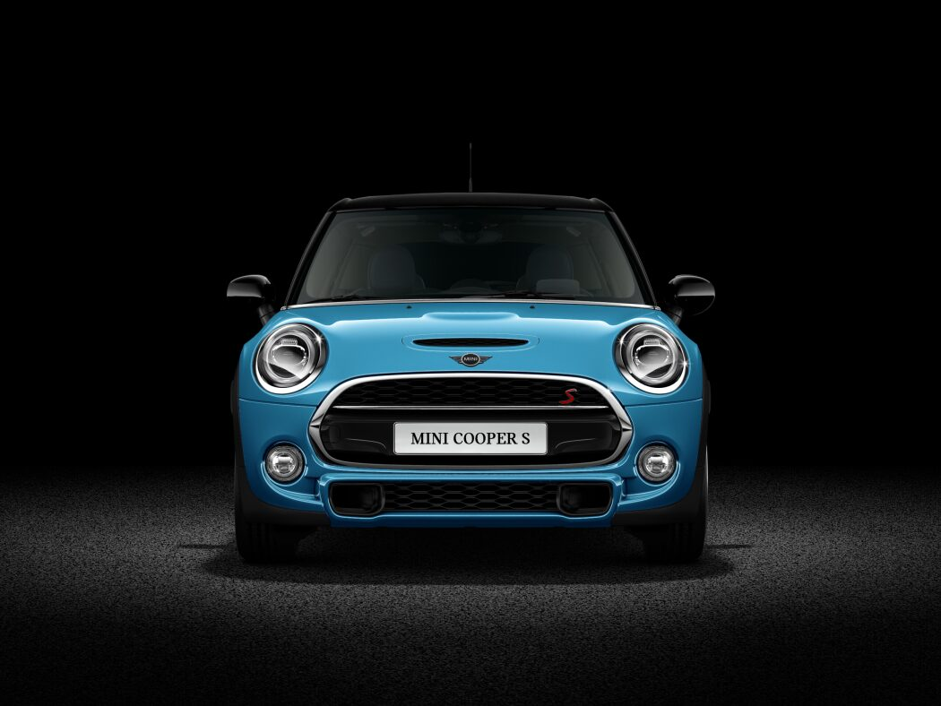 MINI Cooper S Hatch 5-Door front profile