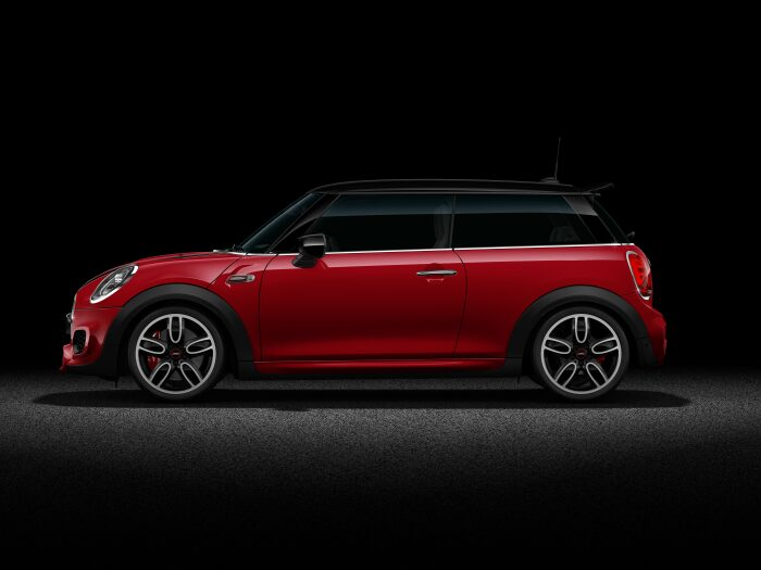 MINI John Cooper Works Hatch side profile