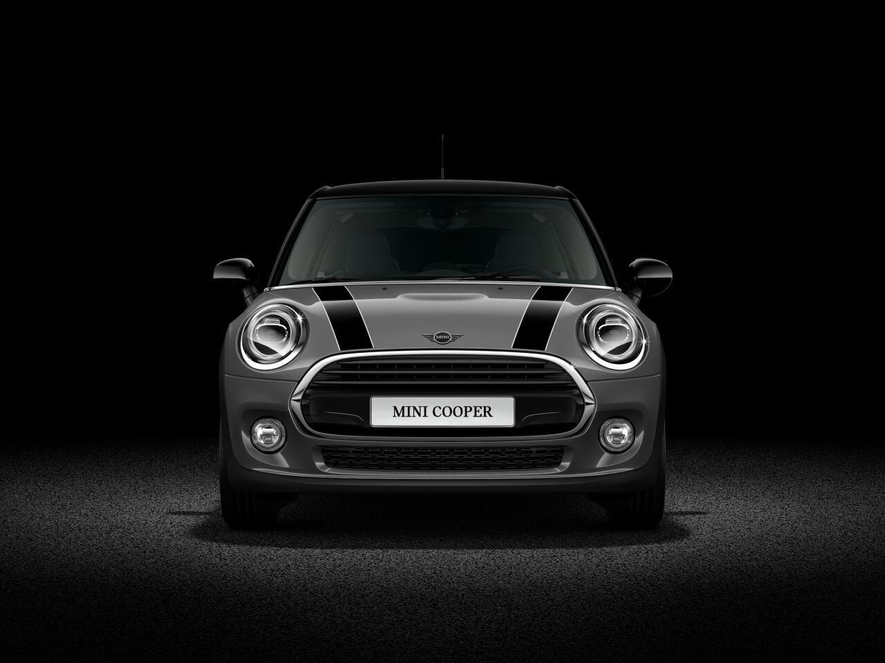 MINI Cooper Hatch 5 Door front profile